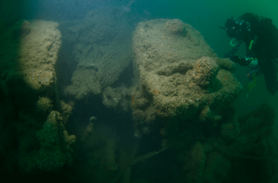tonnage applied to ship hms boxer wreck